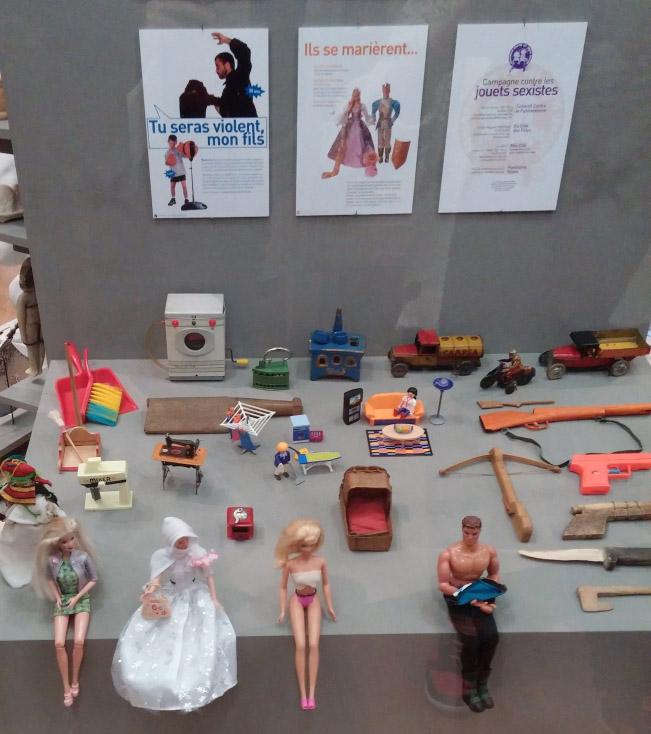 Mix-Cité ou les Panthères Roses sont des associations qui luttent contre le sexisme latent des jouets.